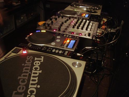 DJset.jpg